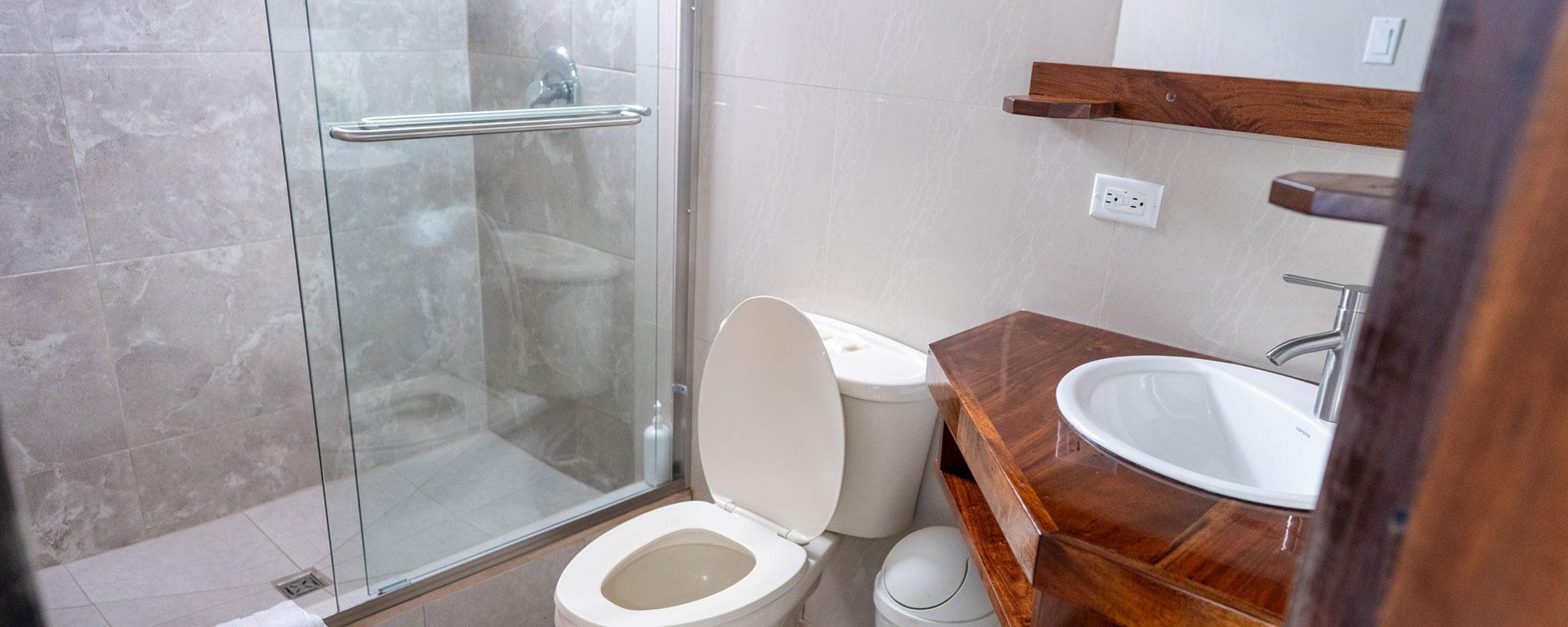 Island-View-Bathroom
